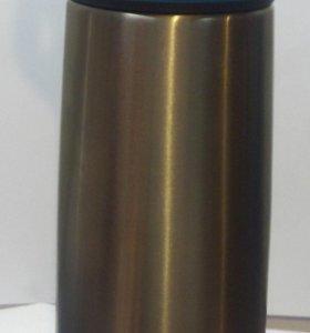 Термокружка с трубочкой.