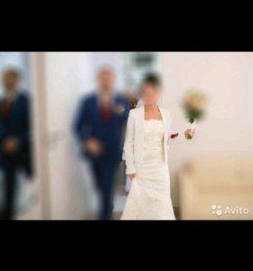 Свадебное платье силуэт + фата
