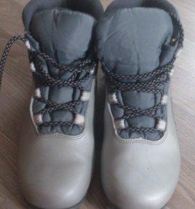 Лыжные ботинки р. 39