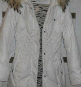 Продается белый пуховик-куртка
