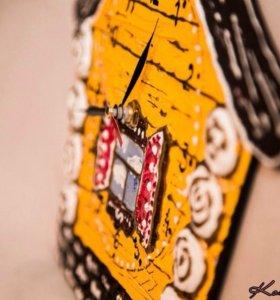 Часы Дом