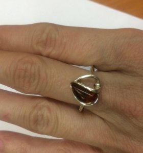 Нежное кольцо сердечко