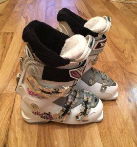 НОВЫЕ горнолыжные ботинки Tecnica Magnum 75