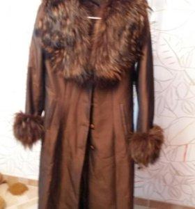 Димисезонное пальто
