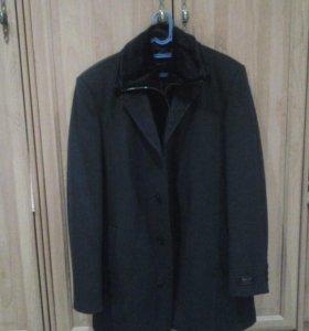 Мужское пальто осень новое