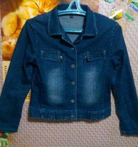 Продаю курточку джинсовую, на _11 лет.