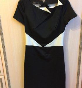 Платье новое 44 размер.