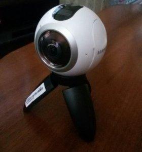 Видеокамера самсунг геарт 360 см-с200