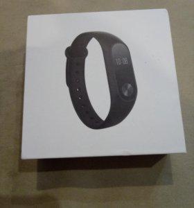 Фитнес-браслеты Xiaomi Mi Band 2 (новые)
