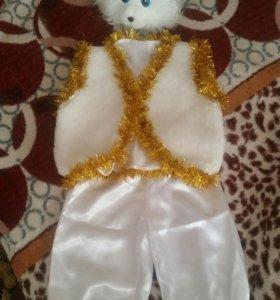 Новогодний костюм зайчикм