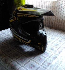 Продам кросовый (квадроцикольный) шлем