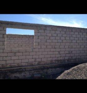 Дом новый с ремонтом и с построением .