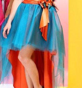 Выпусконое платье