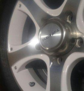 Зимнии комплект колес r16