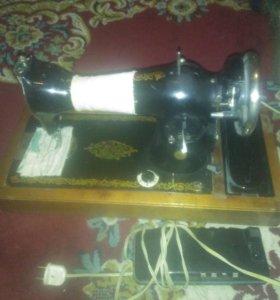 Швейная машина с мотором