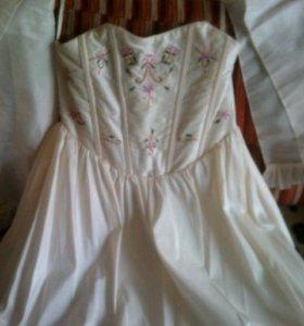 Роскошное платье на любой праздник