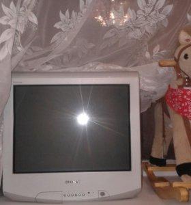 Телевизор  SONY в отличном состоянии 20 дюймов