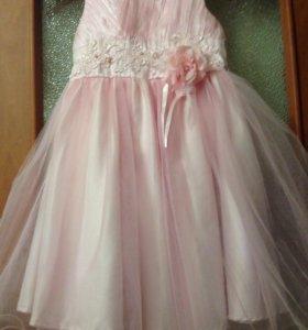 Платье нарядное 110 размер