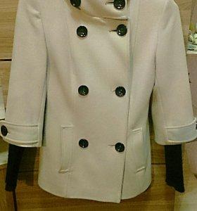 Пальто осенне-весеннее🌸🍁