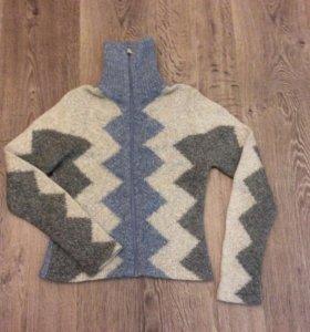 Кофта-свитер жен. 46-48 р-р