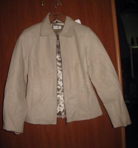 Пиджак женский.