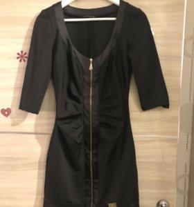 Эффектное чёрное платье