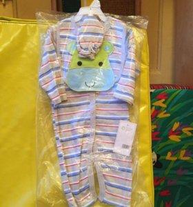 Новый костюмчик на 3-6 месяцев