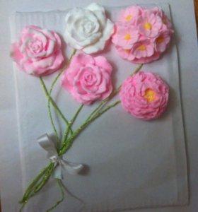 Букет цветов оригинальный новогодний подарок