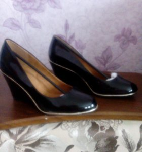 Туфли и кроссовки