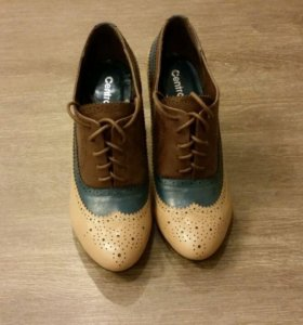 Новые закрытые туфли