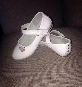 Продаю детски туфельки