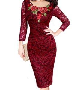 Продаю НОВОЕ платье(не подошло по размеру).