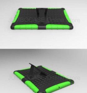 Чехол на iPad Air новый. Черный, белый