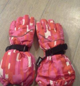 Перчатки детские водонепромакаемые.