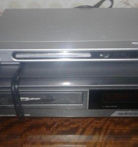 Видеомагнитофон JVC ,  DVDпроигрыватель BBK.