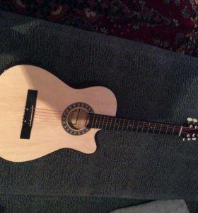 Гитара 6 струнка новая
