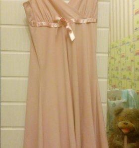 Платье розовое элегантное 42-46