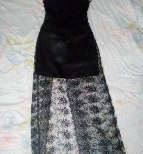 Продам платье реальному покупателю торг!