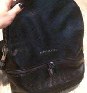 Новый рюкзак из прессованной кожи