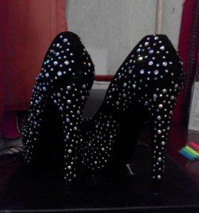 Туфли с камнями сваровских, каблук 15см Лабутены