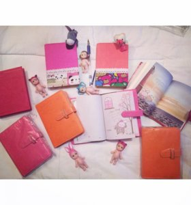 Ежедневники и блокнотики