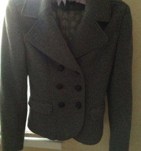 Пиджак трикотажный