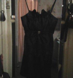 Платье. Черное