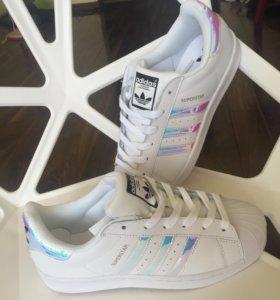 Кроссовки adidas superstar перламутр
