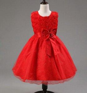 Платья новые на рост 140-146