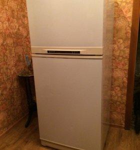 Холодильник Daewoo (на запчасти или ремонт)