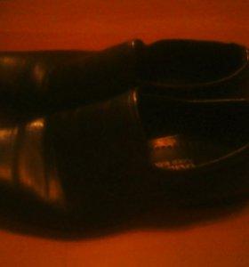 Туфли мужские 40 размера