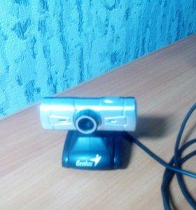 Продам вебкамеру GENIUS