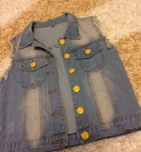 джинсовая жилетка , S