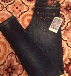 Новые джинсы Replay ( размер 40-42)